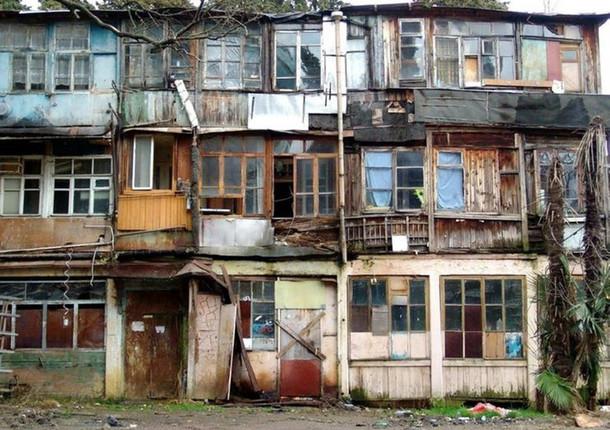 В Новороссийске идет переселение из аварийного жилья